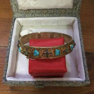 Turquoise bangle, gold plated