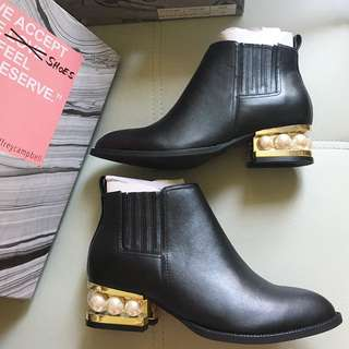 2018 Jeffreycampbell 珍珠boots