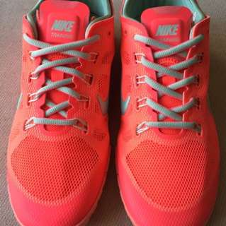Mike螢光粉橘球鞋