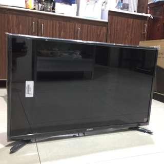 """SPARC 32"""" LED TV (brand new w/ warranty)"""