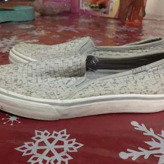 SUPERSALE! AUTHENTIC KEDS