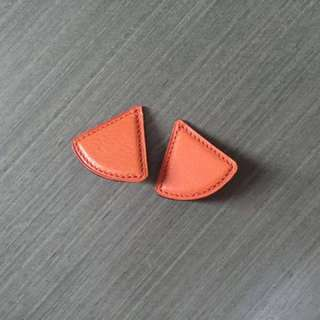 Hermes Vintage leather clip earrings 真皮耳環