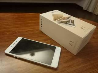 Oppo F1 f excellent condition
