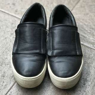AMANTE Slip On Shoes size 35