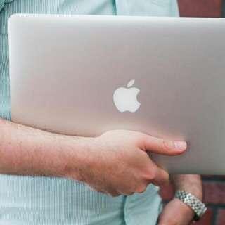 Macbook Buyer Specialist