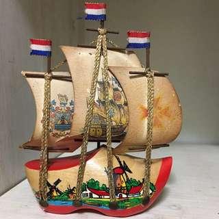 荷蘭鞋 * 木船