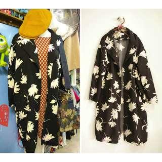 這裡 Zhè lǐ日系復古大花卉春裝大衣外套