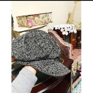 日本帶回 原價1280毛料帽子 質感超好的 非常非常修飾臉型