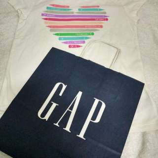 GAP Kids tshirt size 6-7 years