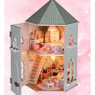 DIY mini house great for valentine birthday gift READY STOCK