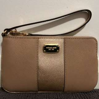 GENUINE Michael Kors Pouch