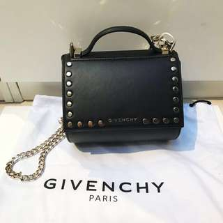 🆕Givenchy Pandora Box leather shoulder bag in black with chain (Original price $18xxx)