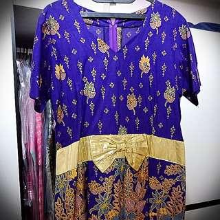 Dress Ungu Batik Bali