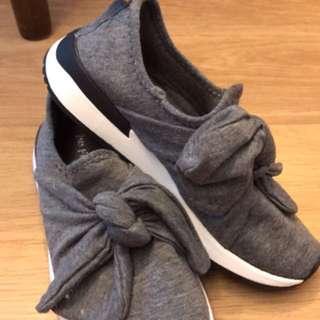 Zara shoes(只穿過一次)