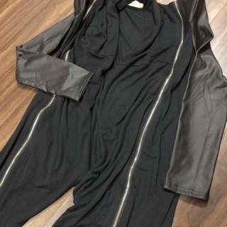黑色皮袖外套
