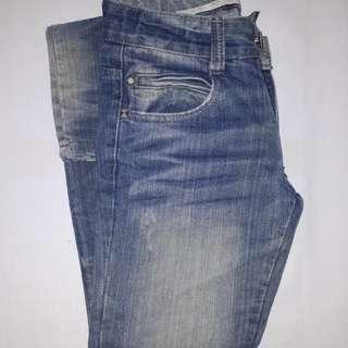 Pre-Loved ZARA denim pants (size 11-12/skinny fit)