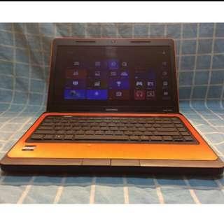 Hp compaq laptop (7000 negotiable)