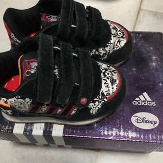 Adidas Original size uk3