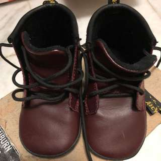 Dr martens original size uk3