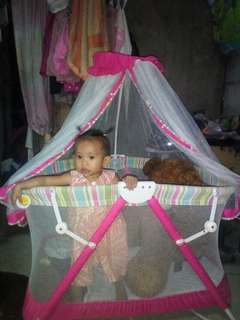 Baby giant pink crib