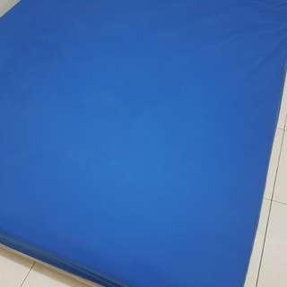 Sprei waterproof (tahan air)utk melindungi spring bed uk.160
