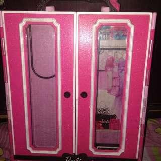 Barbie's Closet (authentic)