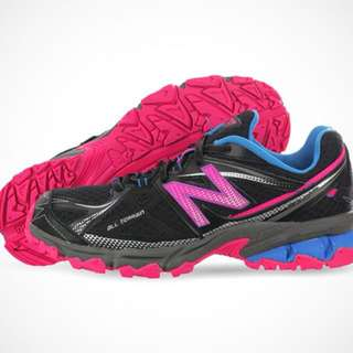 Brand New W/o tag New Balance 23cm All terrain shoes for sale