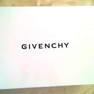 Givenchy Gift box