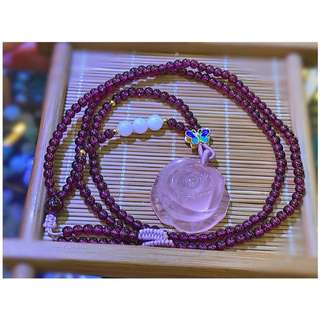 Rose quartz flower pendant with garnet necklace 粉晶花石榴石砗磲