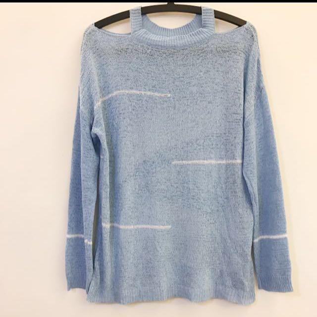 轉賣)粉藍色露肩薄珍珠沙針織長袖上衣