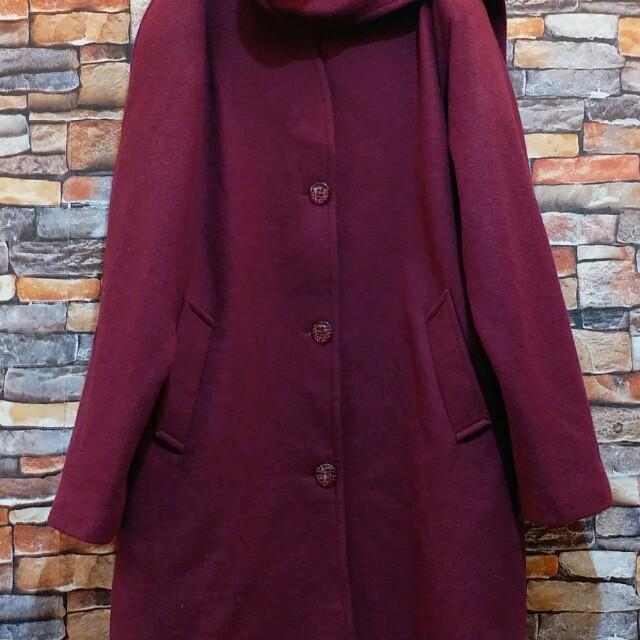 復古暗紅色外套