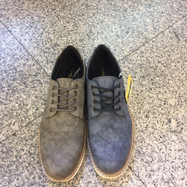 最新男款休閒鞋👍 2色 26.26/.27.27/.28 💥💥特價$980