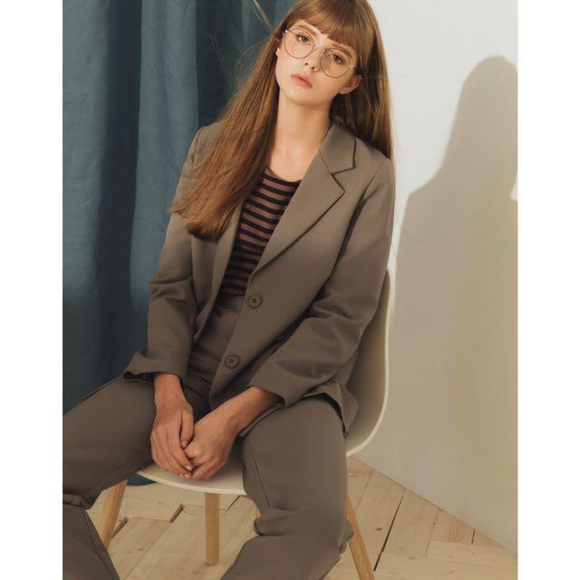 全新 pazzo套裝 簡約質感套裝(外套/長褲) 灰綠 西裝外套 1+1西裝套裝