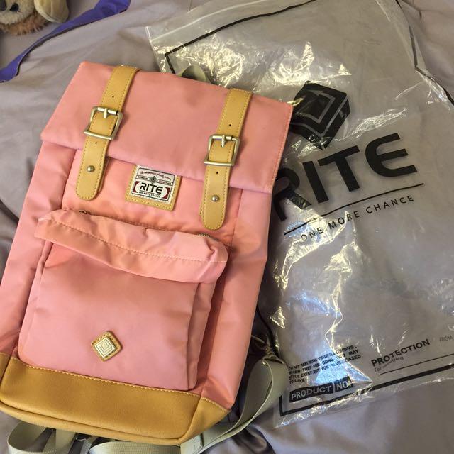 可議💗 RITE 旅遊後背包 斜背包 粉紅色 少女 上課包