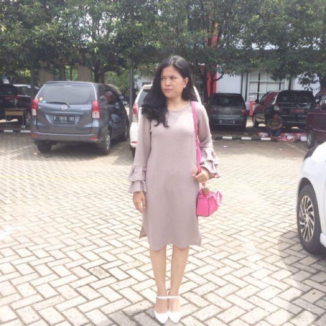 Ada woman belle dress