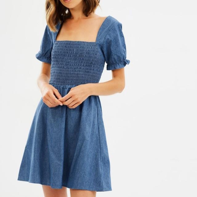 Atmos & here denim blue astar chambray mini dress