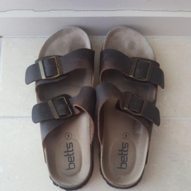 Betts Sandals-Size 9
