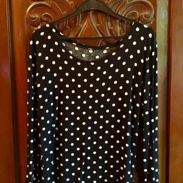 Black Polka Dots Long Sleeves