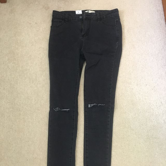 Black ripped jeans NEW