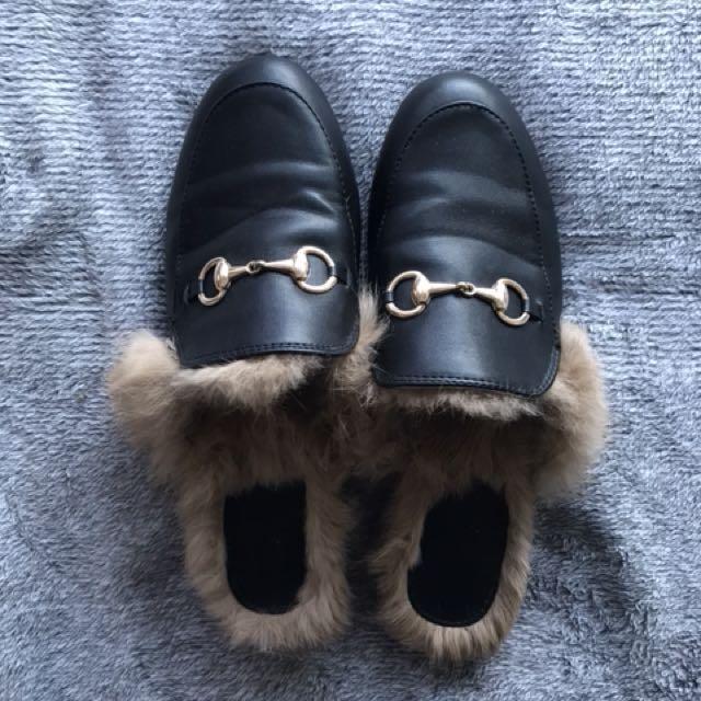 Black Soft Fur Slides