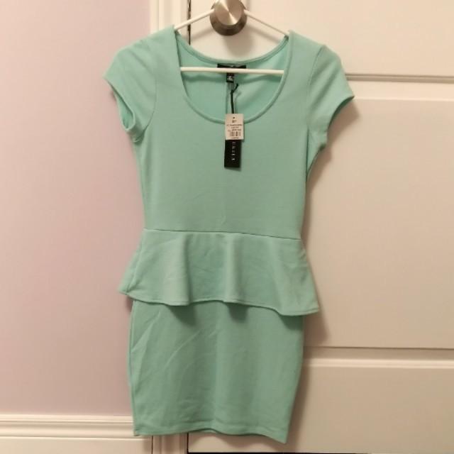 BNWT Uk2la Green Peplum Dress
