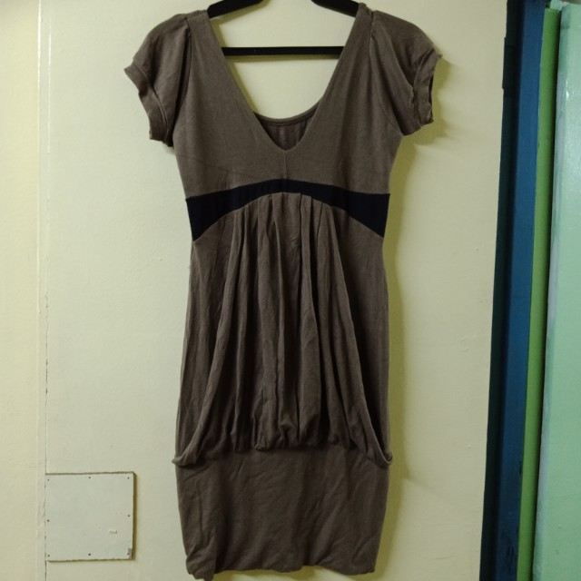 Body con dress with accent