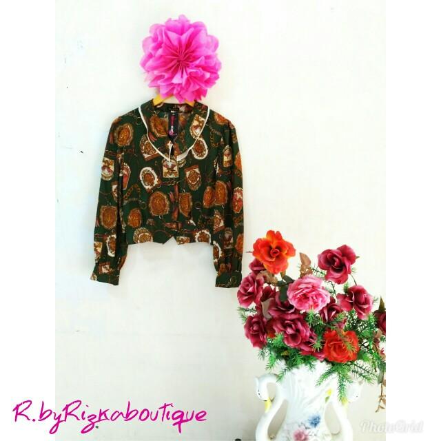Bonia Batik Crop
