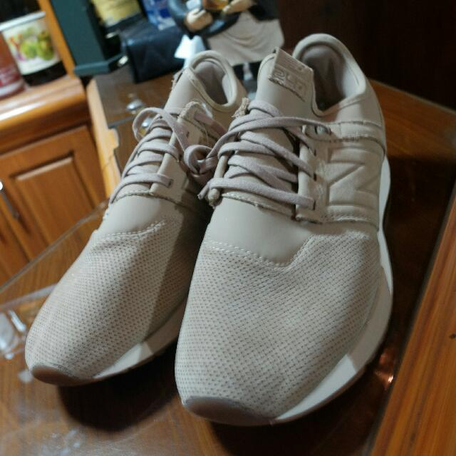 NEW Balance 247 (Brand New And Authentic)