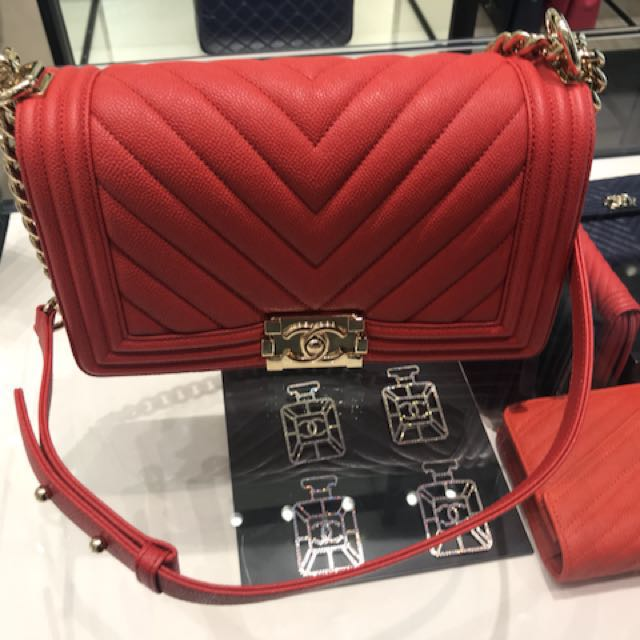 d0fddbdc80c87d Brand new Chanel Boy Chevron in Red, Luxury, Bags & Wallets on Carousell