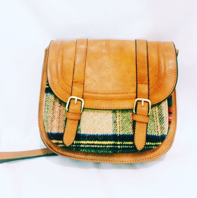 Brown Sling Bag (pull n bear)