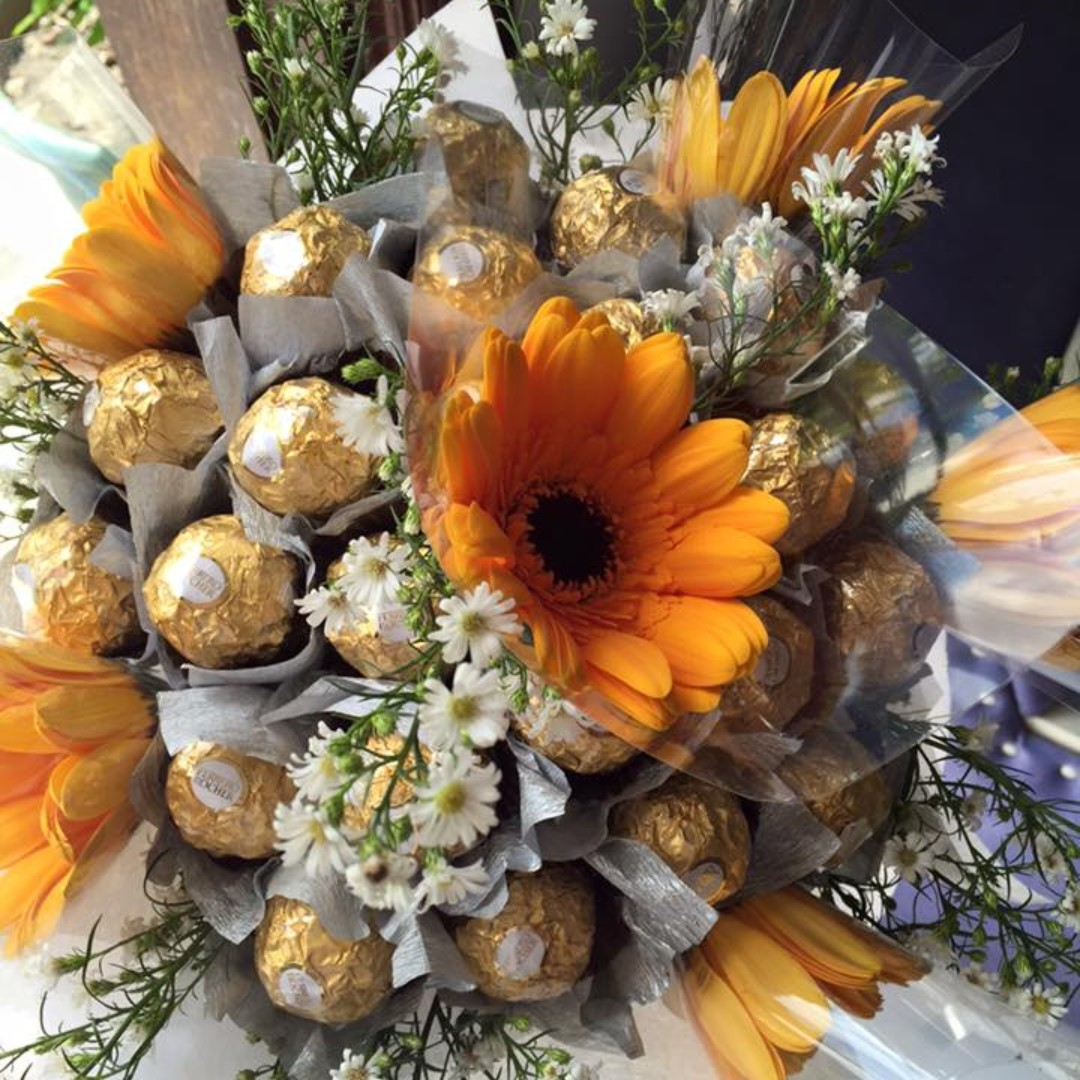 Chocolate Bouquet with Fresh Flowers & Flowers in a box arrangement!