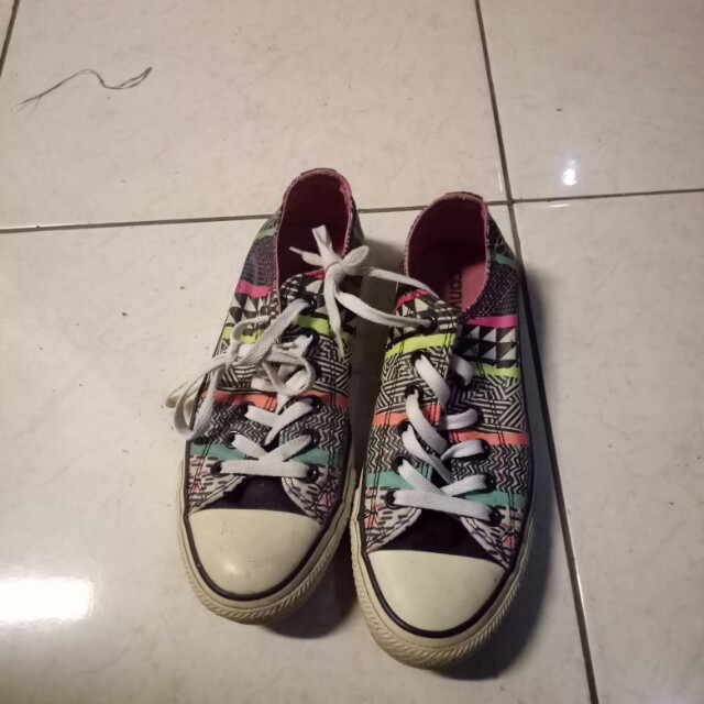 Converse Tribal Design
