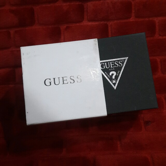 FLASH SALE - GUESS Watch