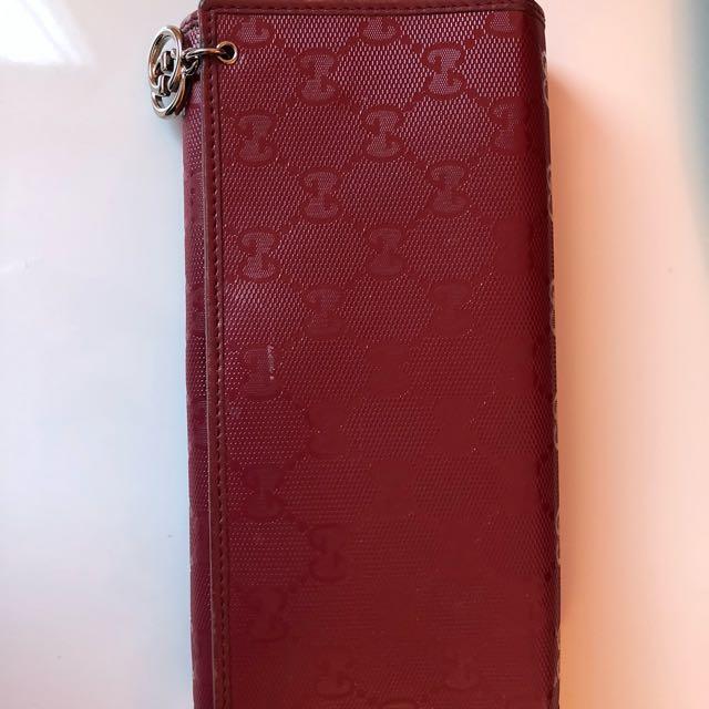 Gucci signature long wallet woman